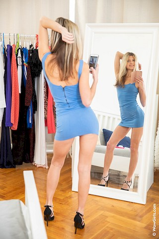 Gina Gerson – Toy Vibrations – WowGirls