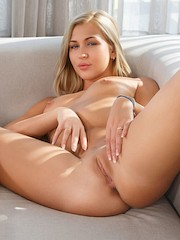 SexArt — Tracy Lindsay in Smooth Solo