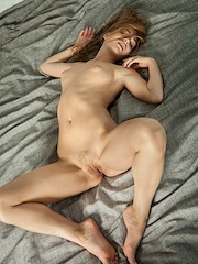 Stunning18 — Norma N in Very Large Bed