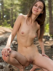 FEMJOY — Trasy in One With Nature