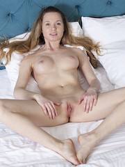 AmourAngels — Anna in Pleasant Nature